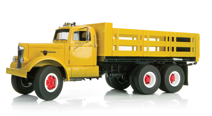 Fumby Street 1957 White WC-22 1:15 scale