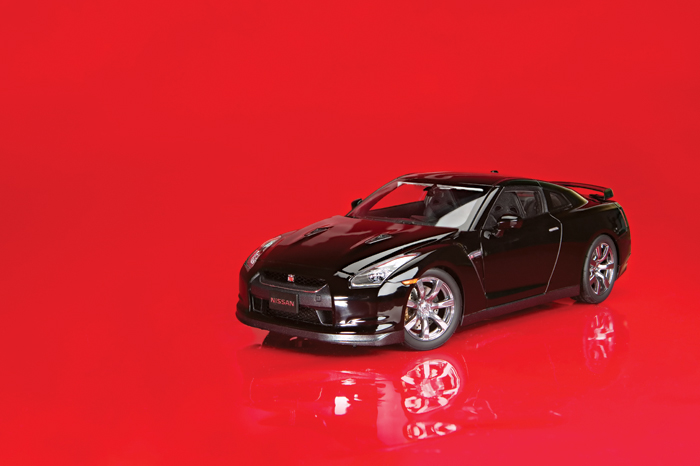 Kyosho Nissan GT-R 1:18 scale