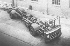 Schuco Mercedes-Benz Transporter