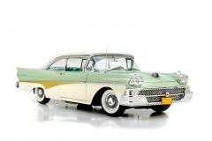 Sunstar 1958 Ford Fairlane