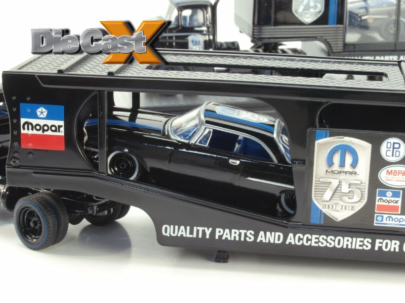"HAULED! M2 Machines' 1:64 Auto Haulers ""MOPAR"" - Die Cast X"
