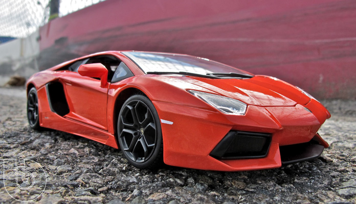 Bburago 1:18 Lamborghini Aventador LP700-4