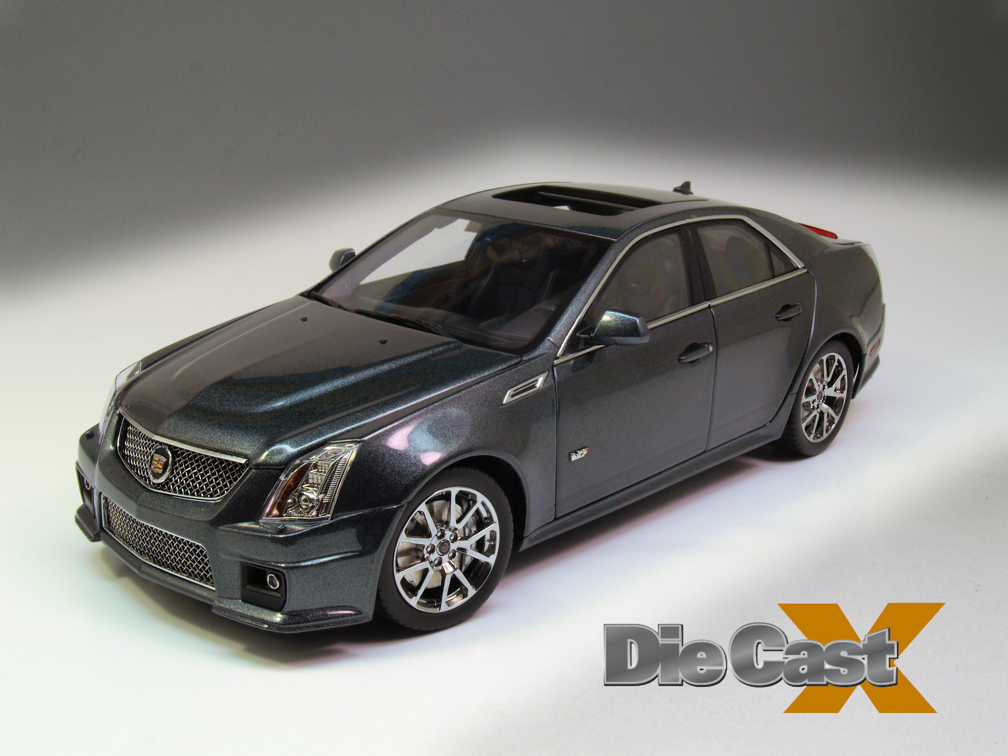 Kyosho 1:18 Cadillac CTS-V Sedan: Well-Warmed