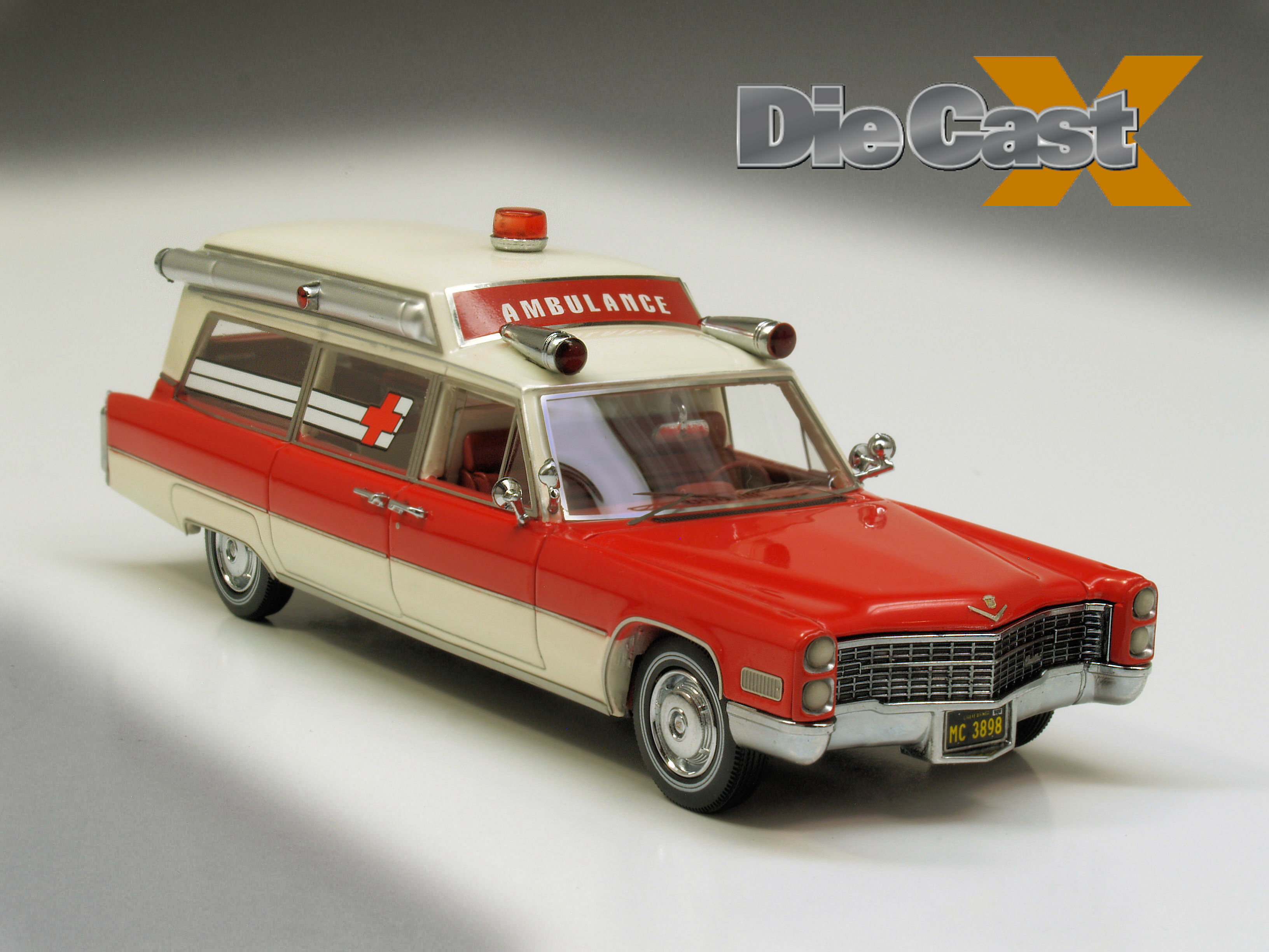 NEO/American Excellence 1:43 1966 Cadillac Ambulance: Siren Song