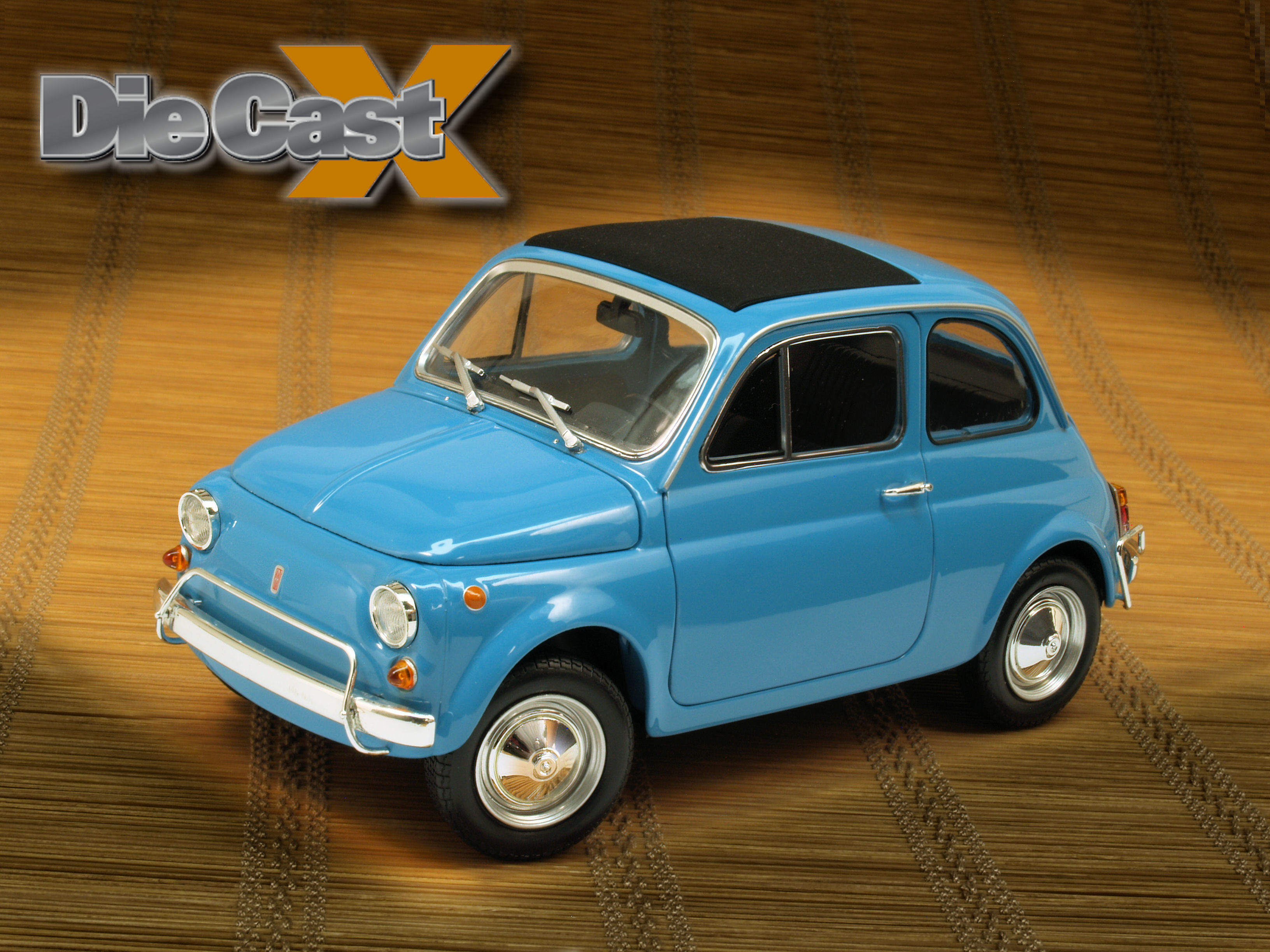 Minichamps 1:18 Fiat 500: Ciao, Baby