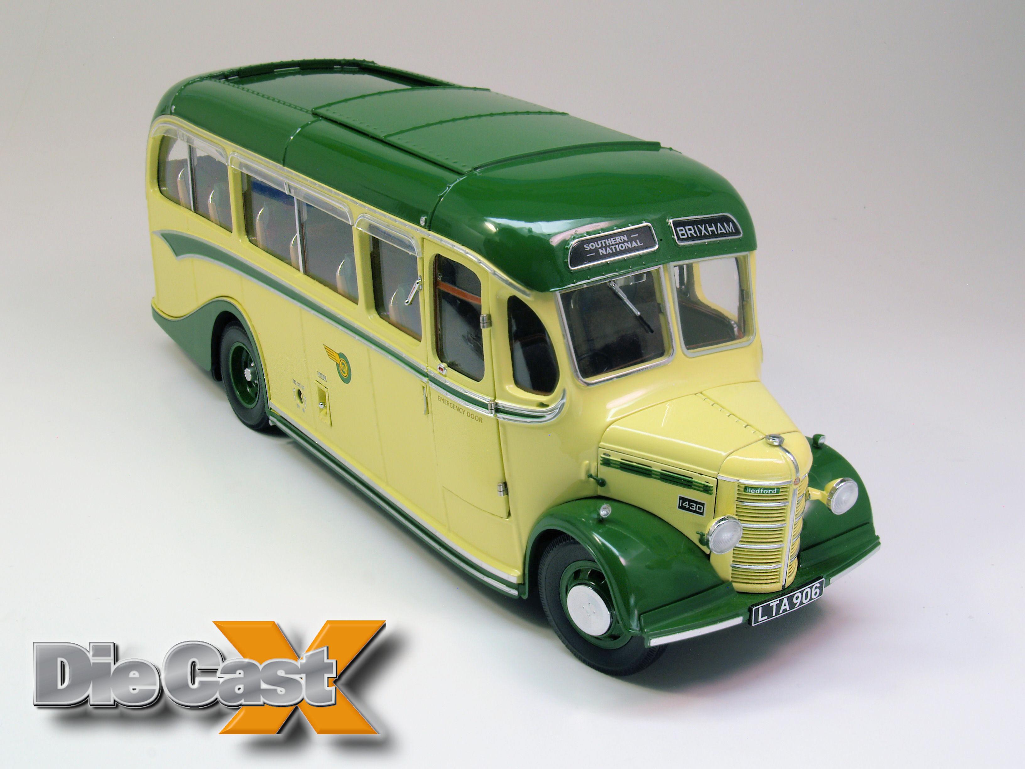 Sunstar 1:24 Bedford OB: Magic Bus