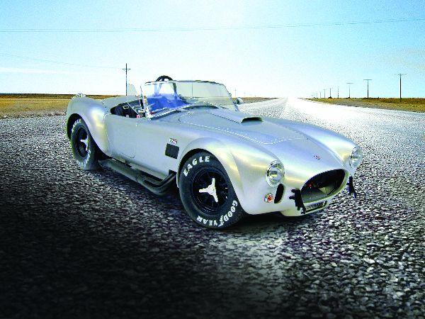Kyosho's 1:12 Shelby Cobra 427 S/C: Silver Snake