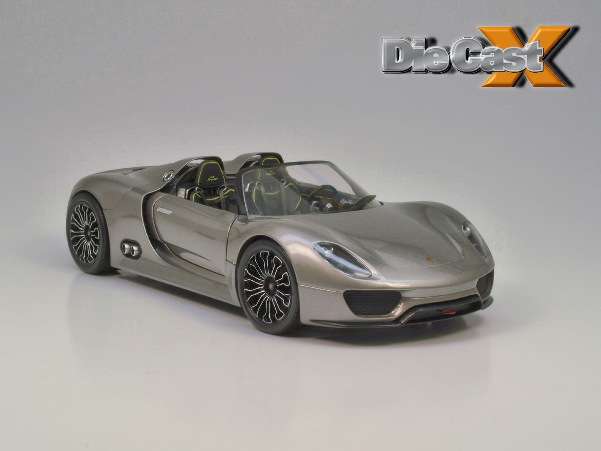 Concept Crush: Minichamps' 1:18 Porsche 918