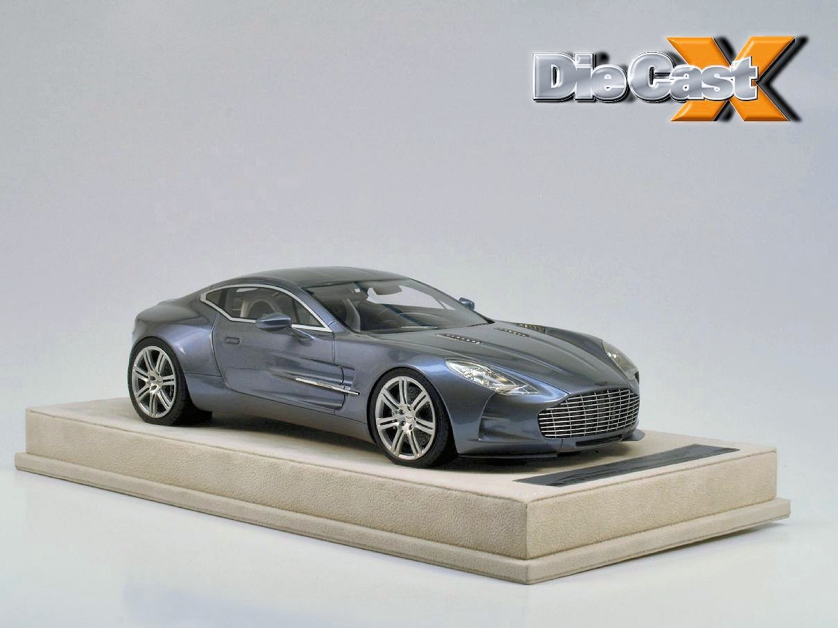 BONUS PHOTOS: Tecnomodel 1:18 Aston Martin One-77