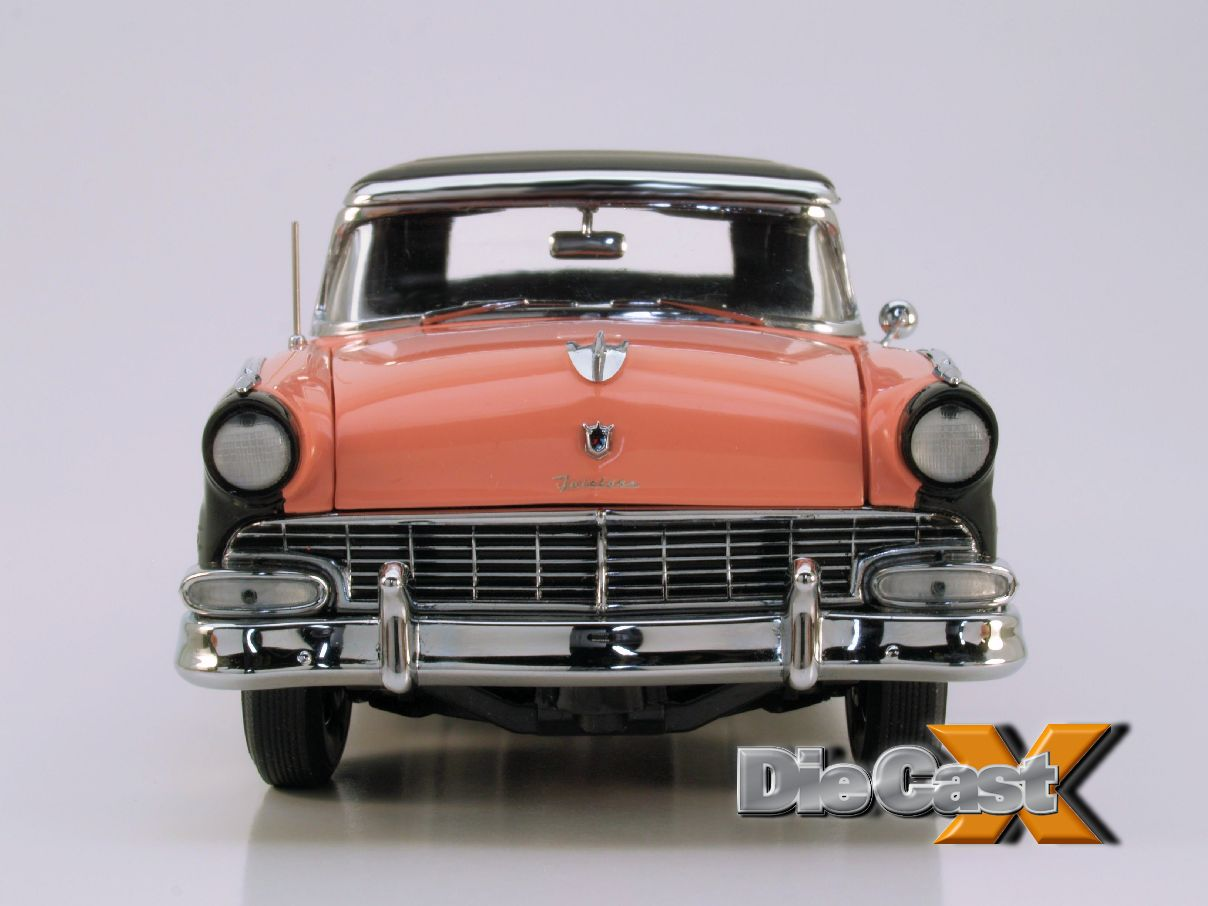Here Comes the Sun: Danbury Mint 1:24 1956 Ford Sunliner
