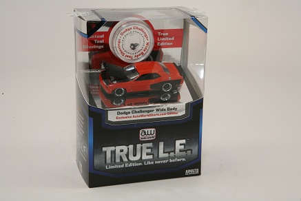 Auto World 1:64  True L.E.