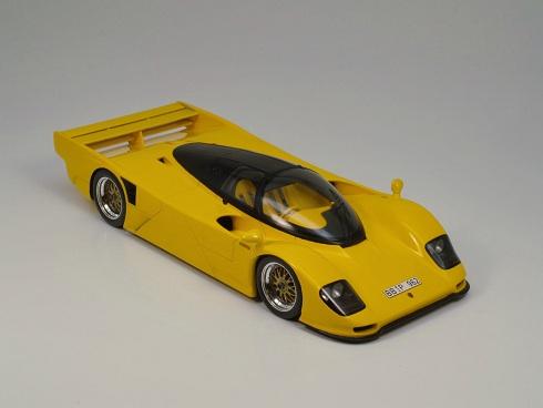 Flash and Fantasy: 1:18 Spark's Dauer Porsche 962 Le Mans