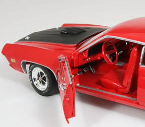 Auto World 1:18 1970 Ford Torino GT
