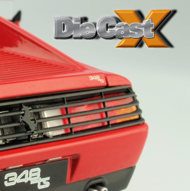 Hot Wheels Elite 1:18 Ferrari 348 TS: Top This