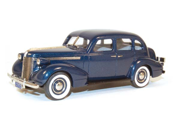 Brooklin 1937 Deluxe Six Touring Sedan 2cc