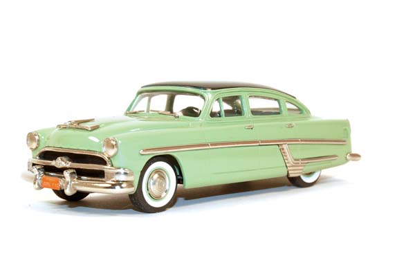 Showroom, Brooklin 1:43 Hudson Hornet