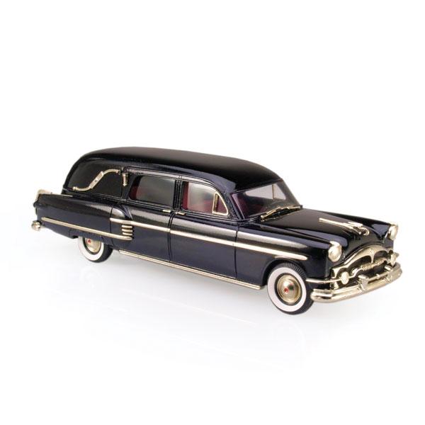 Brooklin 1954 Henney-Packard Hearse