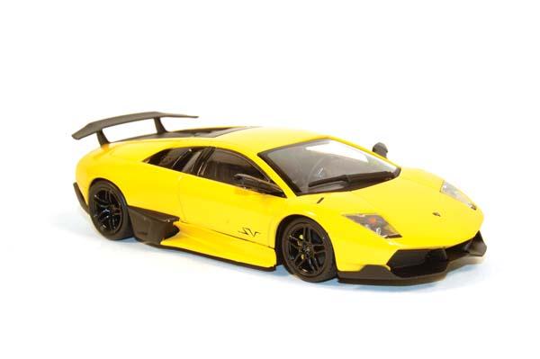 Veni Vidi Veloce Minichamps 2009 Lamborghini LP6704SV
