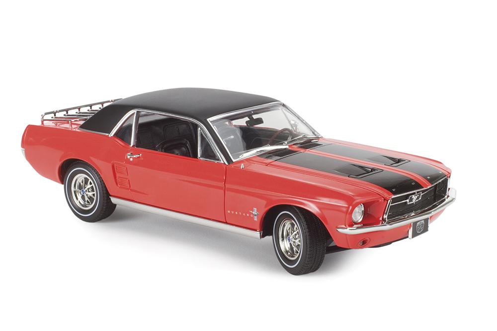 Online Exclusive: GreenLight 1967 Mustang notchback Specials