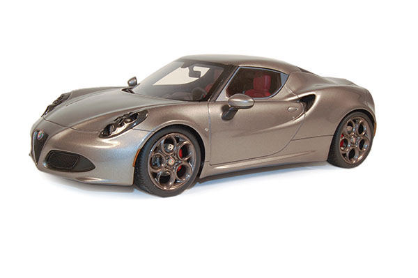 Top Marques Collectibles 2014 Alfa Romeo 4C