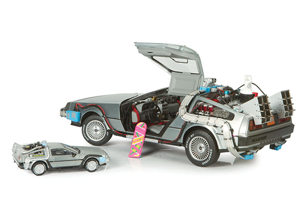 Hot Wheels Elite Back to the Future DeLorean Time Machine