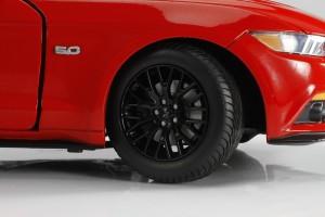 Auto World, Mustang, diecast, replica, GT, 5.0, 2015, 1:18, wheel