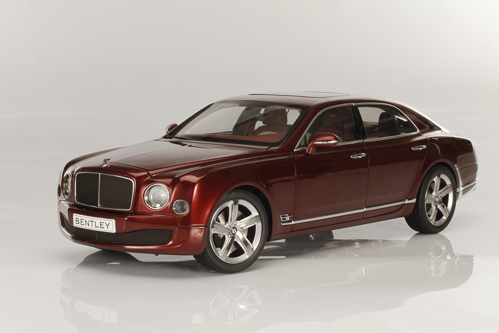 Kyosho, diecast, Bentley, Mulsanne, Speed, luxury, collectible, replica