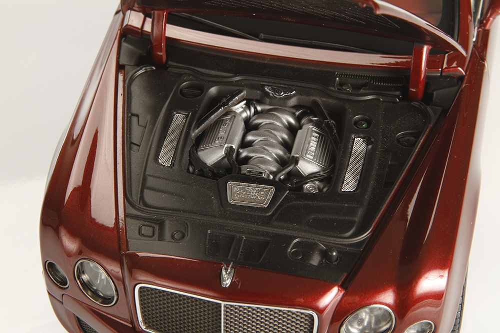 Kyosho, diecast, Bentley, Mulsanne, Speed, luxury, collectible, replica, Engine, turbo, turbocharge, 6.8L