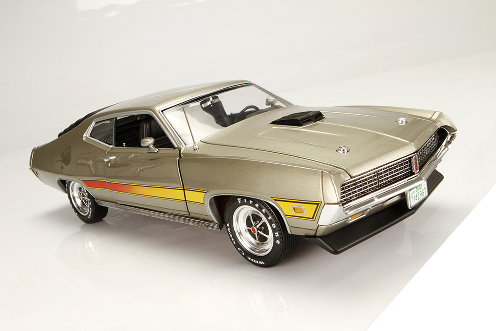 Auto World, Ertl, American Muscle, muscle car, 1971 Ford Torino, 429 Cobra Jet, 429CJ