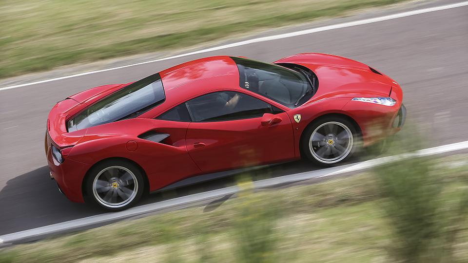Ferrari-488-GTB-siddel-view