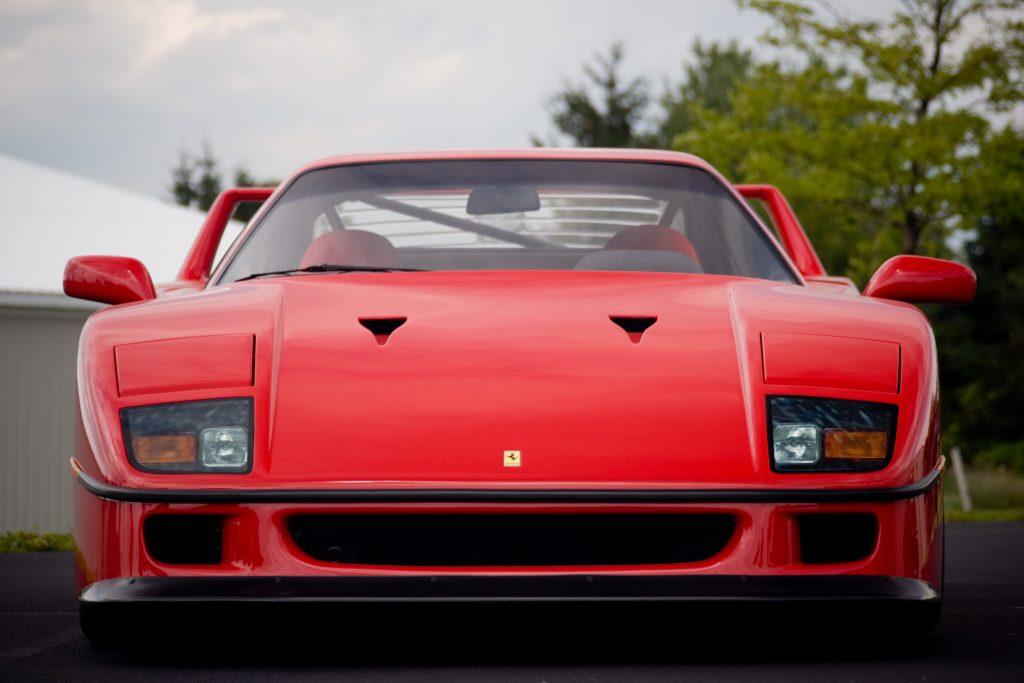 Ferrari_F40_1