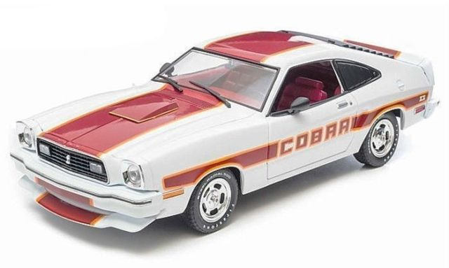 Muscle Car, Diecast, Collectible, Ford Mustang, Cobra, Ford 302, 1/18, 1970s, GreenLight