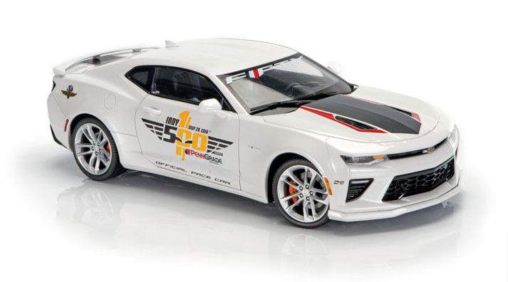 Diecast Review: Auto World and Maisto 50th-Anniversary Camaros fig 2