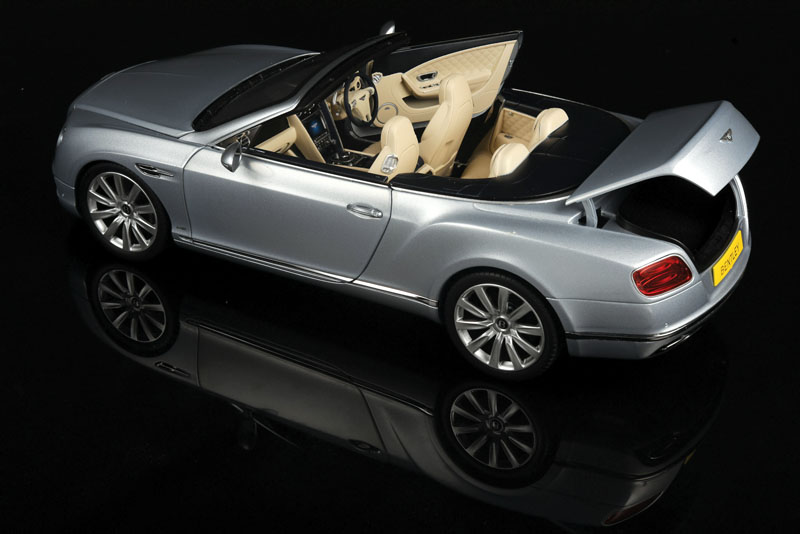 Diecast review: Paragon 2016 Bentley Continental Coupes and  Convertibles