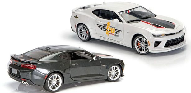 Diecast Review: Auto World and Maisto  50th-Anniversary Camaros