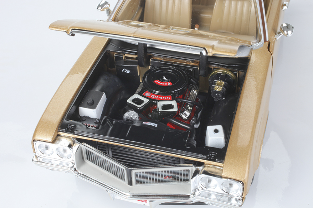 Diecast Muscle Car, Buick GS, GSX, Collectible, 1:18, 1/18, Big Block, Stage 1, High Performance