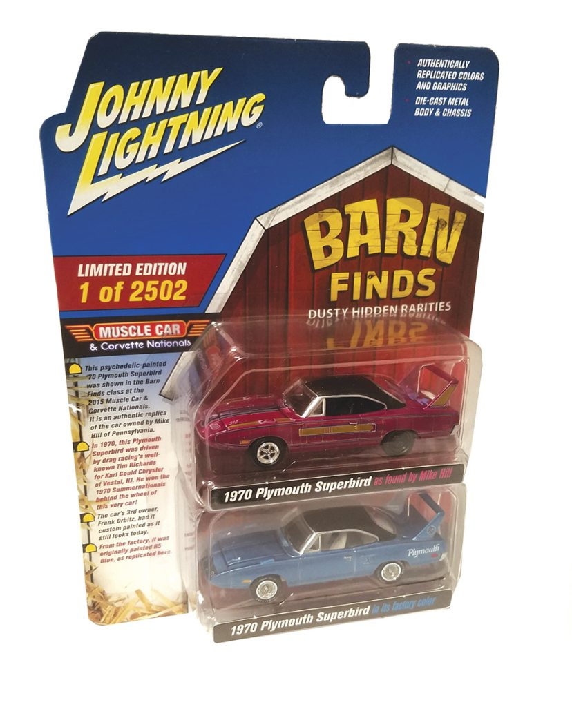 Johnny Lightning, 1:64, Mopar, Twin Pack, Plymouth Superbird, Barn Find, diecast, collectible