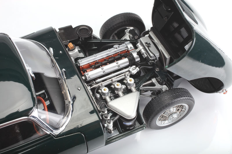 AUTOart Jaguar E-Type 3.8L Series 1 - XK inline-6