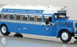 Diecast Review: Vintage 1931 Mack Greyhound Bus from Iconic Replicas