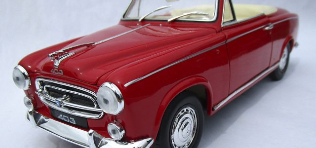 Diecast Review: Welly Peugeot 403 [Rear View]