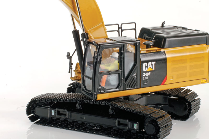 Diecast Masters Caterpillar  349F L XE 1:50 Scale die cast - detail view