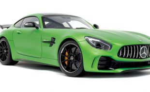 AUTOart  Mercedes-AMG GT R:  Track-honed Beast Born in the Green Hell